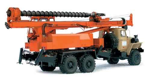 Машина бурильная шнековая МБШ-818