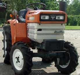 Мини-трактор KUBOTA B1200 4X4