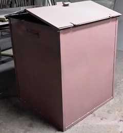 Контейнер для мусора (ТБО) с крышкой