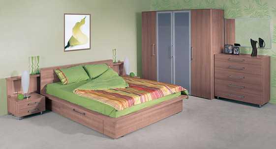 Коллекция мебели для спальных комнат «Ванесса»