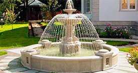 Садовые фонтаны из натурального камня