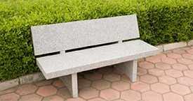Декоративные скамейки из камня