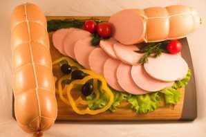 Колбаса вареная мясная 'Докторская стандарт' высшего сорта