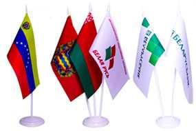 Настольный флаг и пластиковая подставка (флагшток)