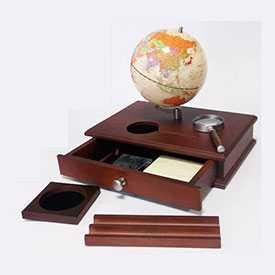 Набор деревянный настольный с глобусом