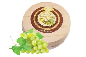 Сыр Дольче Вита с ароматом винограда