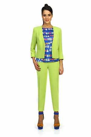 Костюм женский (жакет, блуза, брюки) артикул А-7061
