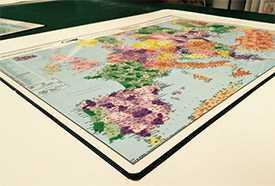 Бювар (подложка на письменный стол) для логистов, на лицевой стороне карта Европы