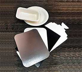 Картон стоковый с покрытием мелованный с 1-й стороны Bkm + PE - с кремовым оборотом