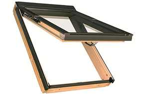 Мансардное окно с комбинированной системой открывания FAKRO FPP-V preSelect