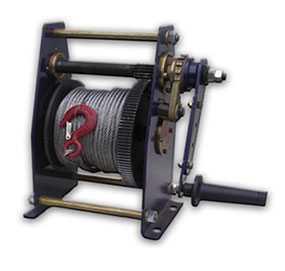 Лебедка ручная барабанная ЛР-1,5, грузоподъемность 1500 кг, высота подъема 40м