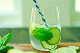 Напиток безалкогольный газированный Мята и лимон (на подсласт.) 1,5 л