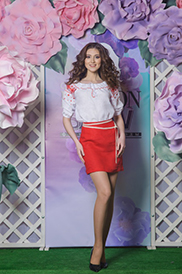 Блузка женская с вышивкой 101-15