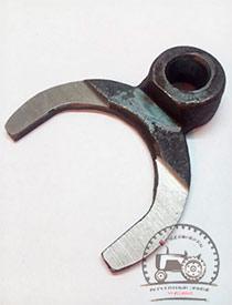 Вилка 082-1702022 Сморгонский агрегатный завод