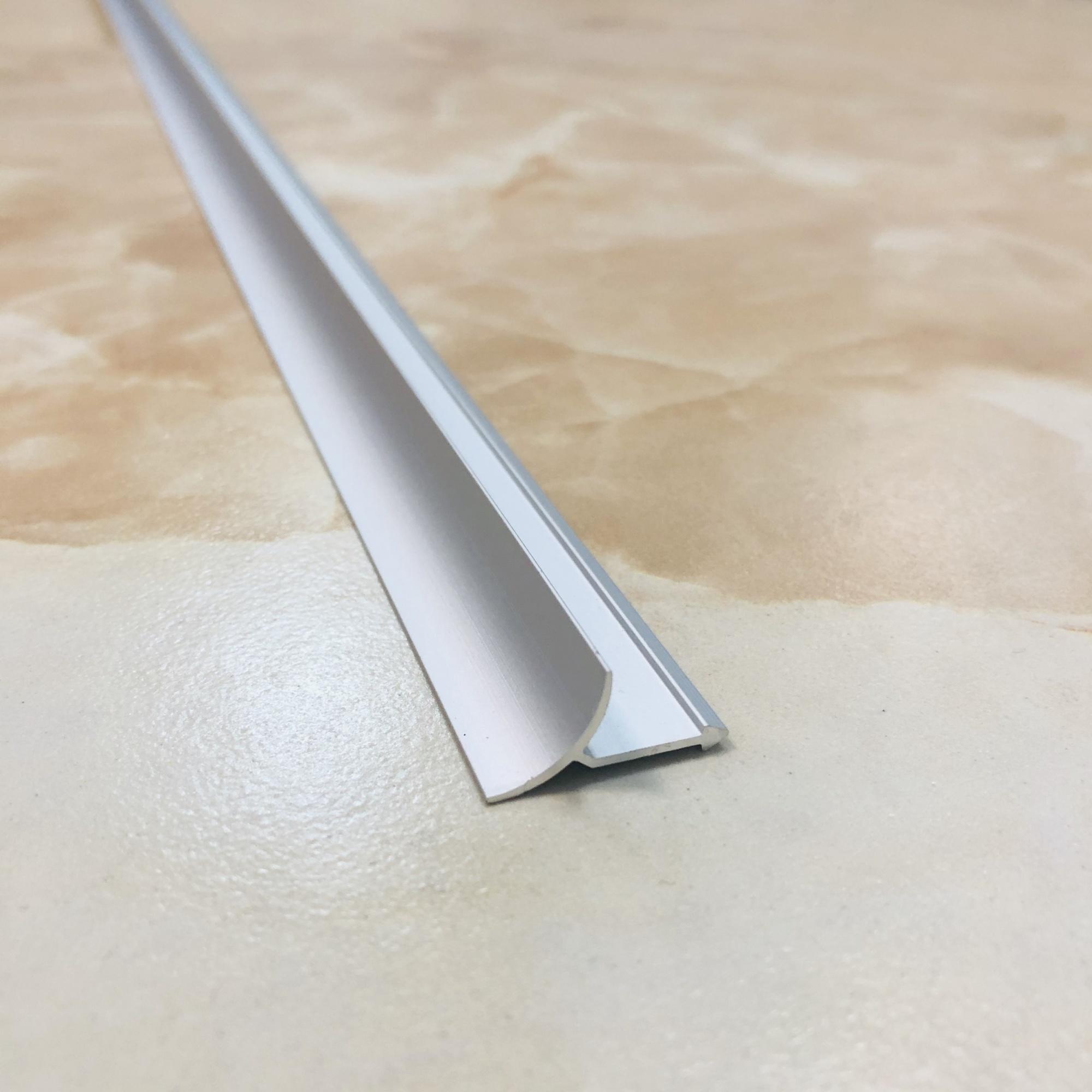 Внутренний безразмерный профиль WEWN серебро 2.7 метра