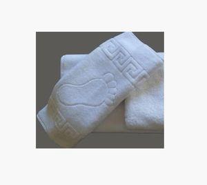Полотенце махровое Гостиничное Ножки 50х70 белое