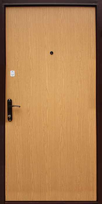Входные двери с декором ламинированной ДВП