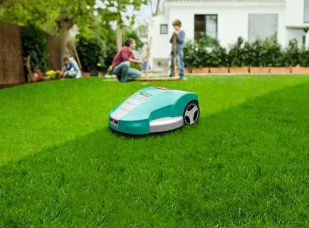 Аккумуляторный робот-газонокосилка Bosch