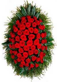 Изготовление траурных венков из живых цветов