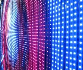 Изготовление и установка светодиодных панелей и дисплеев