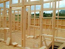 Монтаж несущих деревянных конструкций