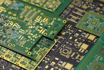 Монтаж SMD и DIP компонентов на печатные платы