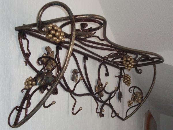 Изготовленные кованых вешалок