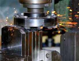 Услуги по металлообработке и изготовлению деталей различной сложности из металла