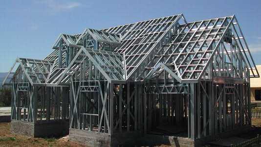 Строительство дома из металлокаркаса на основе легких стальных тонкостенных конструкций (ЛСТК)