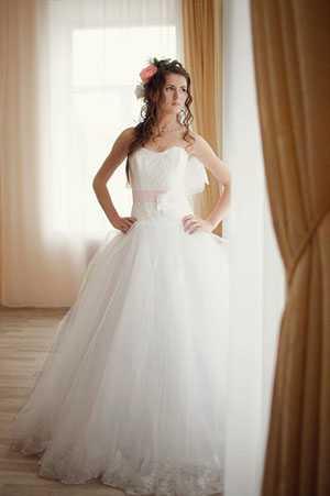 Прокат и продажа свадебных и вечерних нарядов Свадебный салон 'Ренессанс' Полоцк