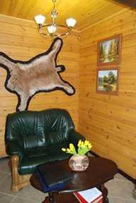 Охотничий комплекс на берегу Осиповичского водохранилища ГОЛХУ 'Осиповичский опытный лесхоз'