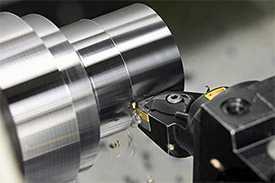Механическая обработка металлических изделий на токарных станках