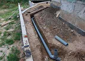 Укладка труб канализационных и водопроводных