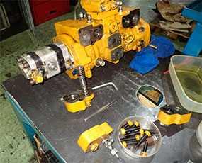 Замена деталей и узлов гидравлического оборудования