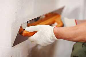 Шпатлевание стен и потолков