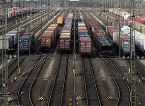 Хранение грузов на открытых площадках железнодорожных станций