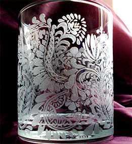 Механическая (фрезерная) гравировка на стеклянной поверхности