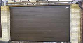 Установка (монтаж) секционных гаражных ворот ALUTECH (серия Classic)