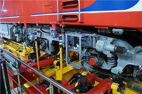 Установка приводов вспомогательного оборудования тепловоза