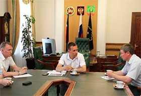 Организация встреч с представителями власти посещаемых регионов