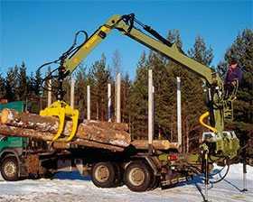 Услуги лесовоза с манипулятором