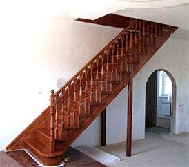 Реализуем опорные колонны для лестниц